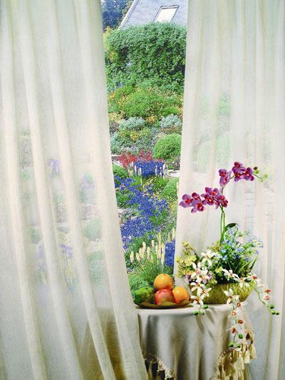 Lựa chọn màu sắc rèm cửa theo phong thủy